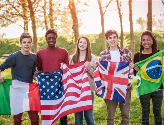 Tuyển sinh chương trình học bổng toàn phần trung học công lập Mỹ 2021